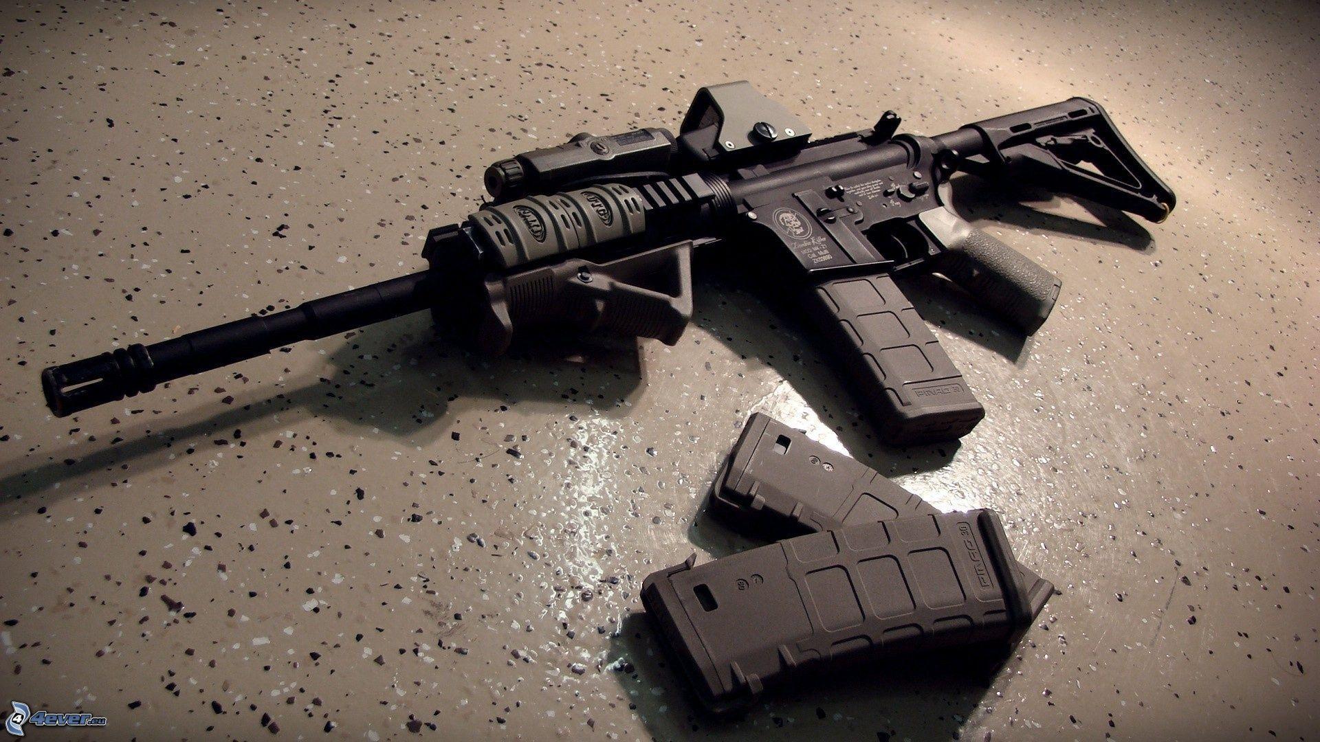 M16 Widescreen