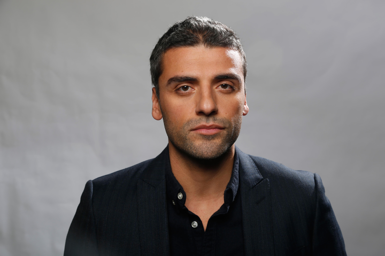 Oscar Isaac Background