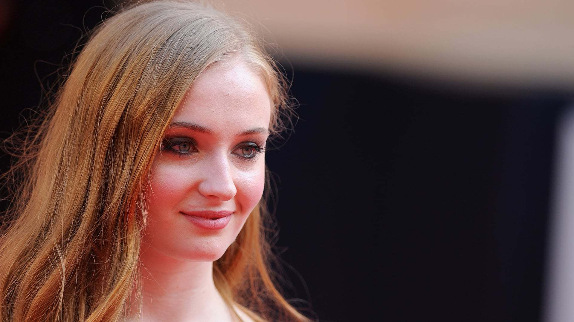 sophie turner hq desktop - photo #23
