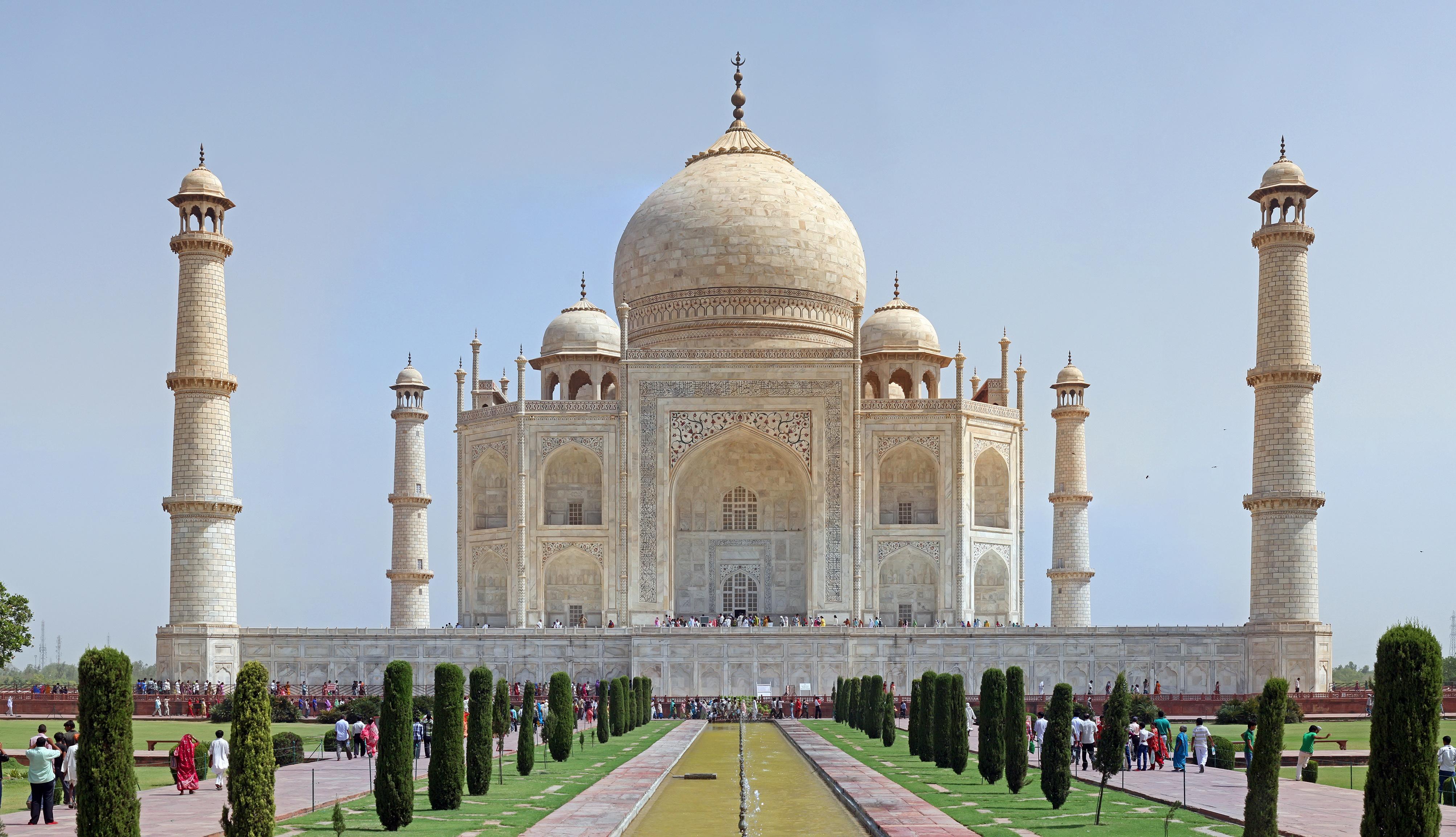 taj mahal india Taj mahal, india 31k likes the taj mahal is an ivory-white marble mausoleum on the south bank of the yamuna river in the indian city of agra.