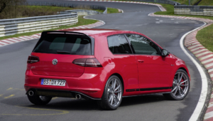 Volkswagen Golf GTI Clubsport S Photos