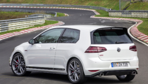 Volkswagen Golf GTI Clubsport S Pictures