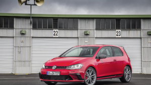 Volkswagen Golf GTI Clubsport S Widescreen