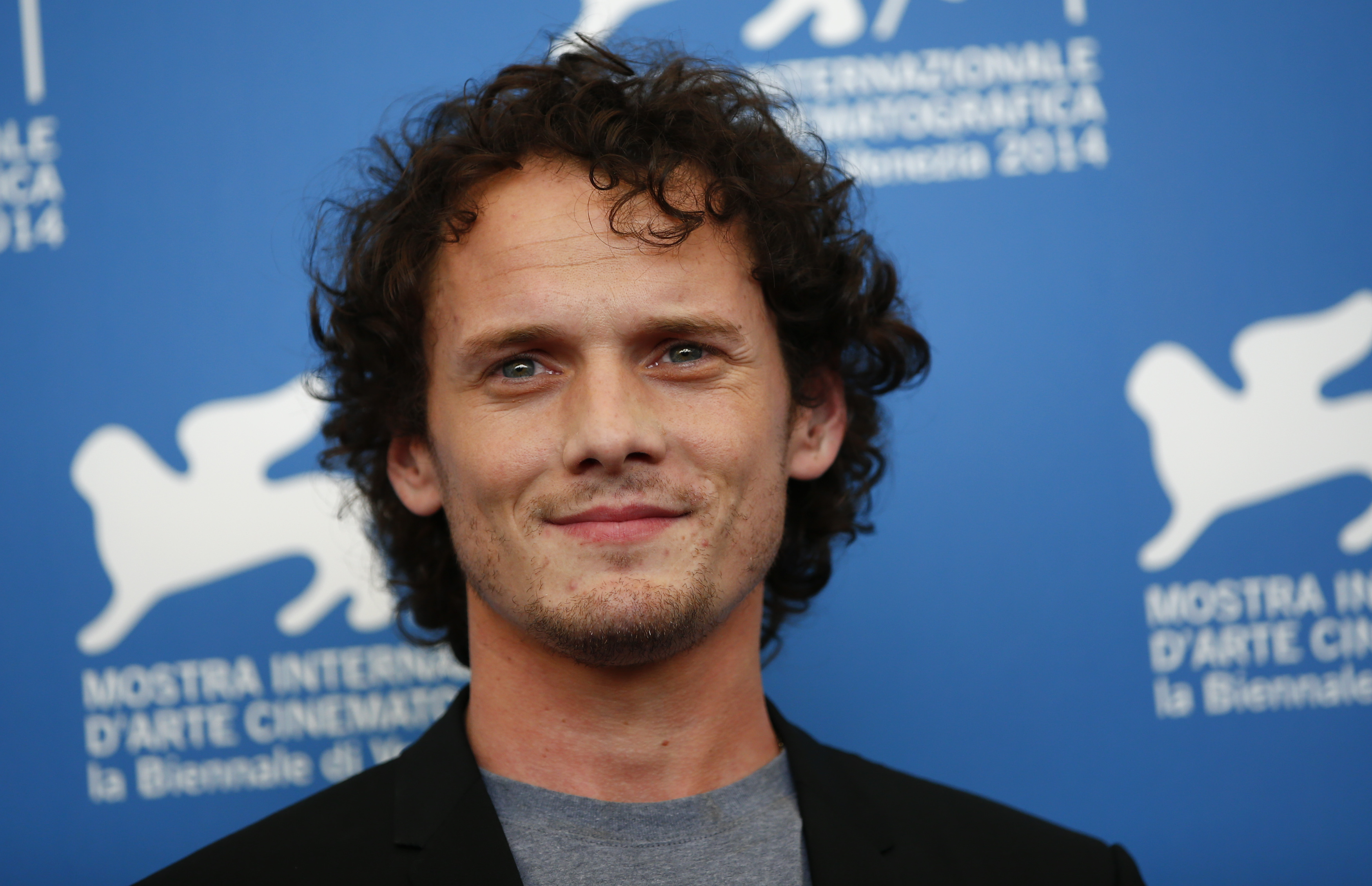 Anton Yelchin High Quality Wallpapers