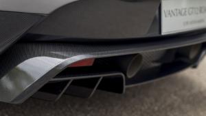 Aston Martin Vantage GT12 Roadster Computer Wallpaper