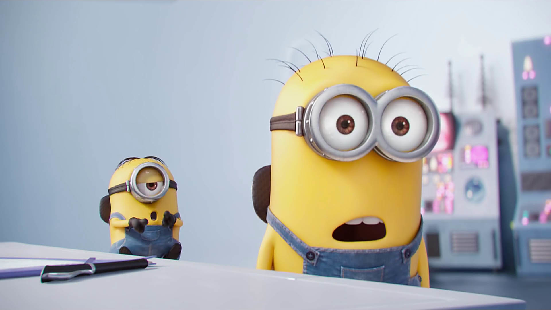 Cheering Minions - Reaction GIFs Pictures of all the minions