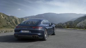 Porsche Panamera 2016 Background