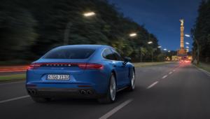 Porsche Panamera 2016 Desktop