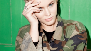 Zara Larsson Iphone HD Wallpaper