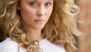 Zara Larsson Iphone Sexy Wallpapers