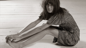 Alexa Chung Wallpapers