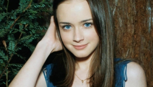 Alexis Bledel Background15