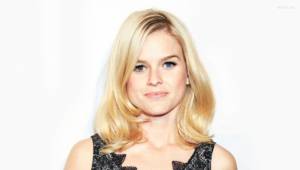 Alice Eve HD Background