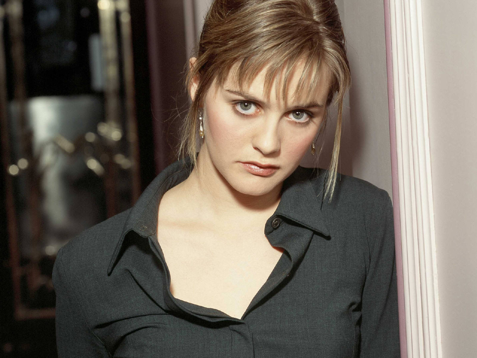 Alicia Silverstone Wallpapers Images Photos Pictures