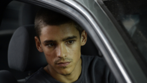 Brenton Thwaites Full HD