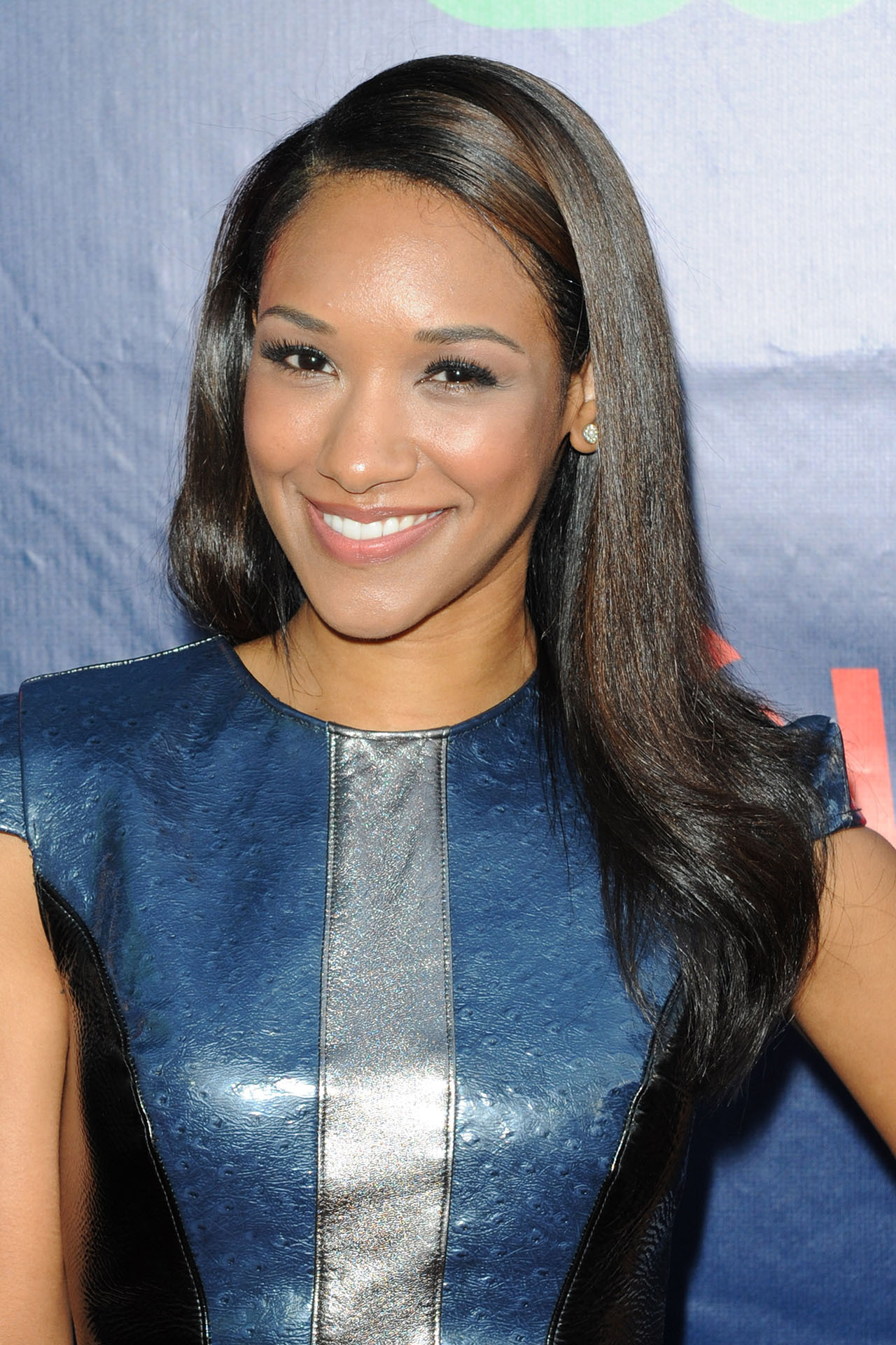 Candice Patton Wallpapers Images Photos Pictures Backgrounds
