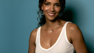 Halle Berry High Quality Wallpapers