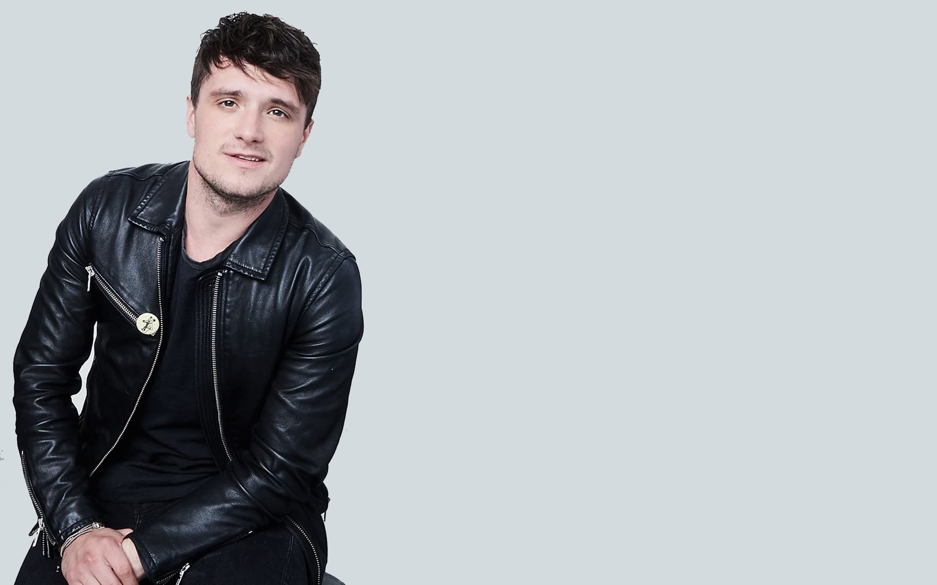 Josh Hutcherson Wallpapers Images Photos Pictures Backgrounds