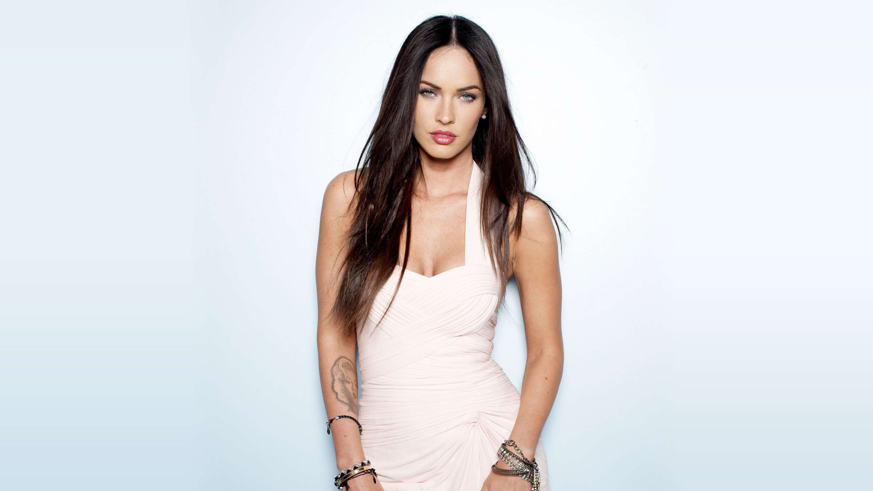 Megan Fox Wallpapers Images Photos Pictures Backgrounds Megan Fox