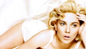 Scarlett Johansson HD Desktop