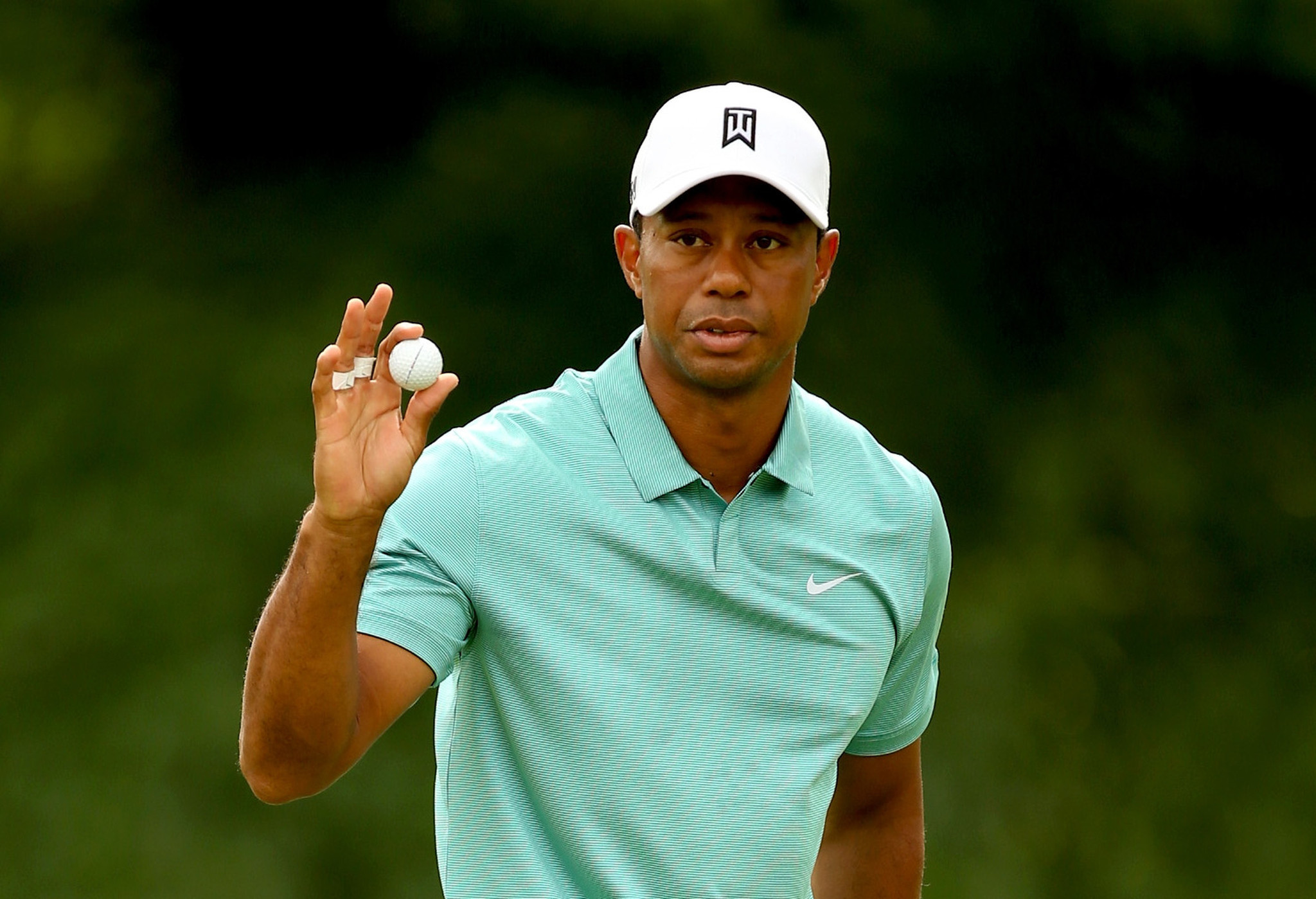 tiger woods wallpapers images photos pictures backgrounds