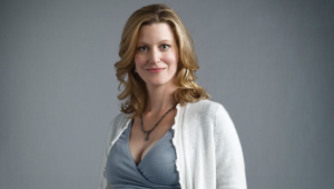Anna Gunn Photos