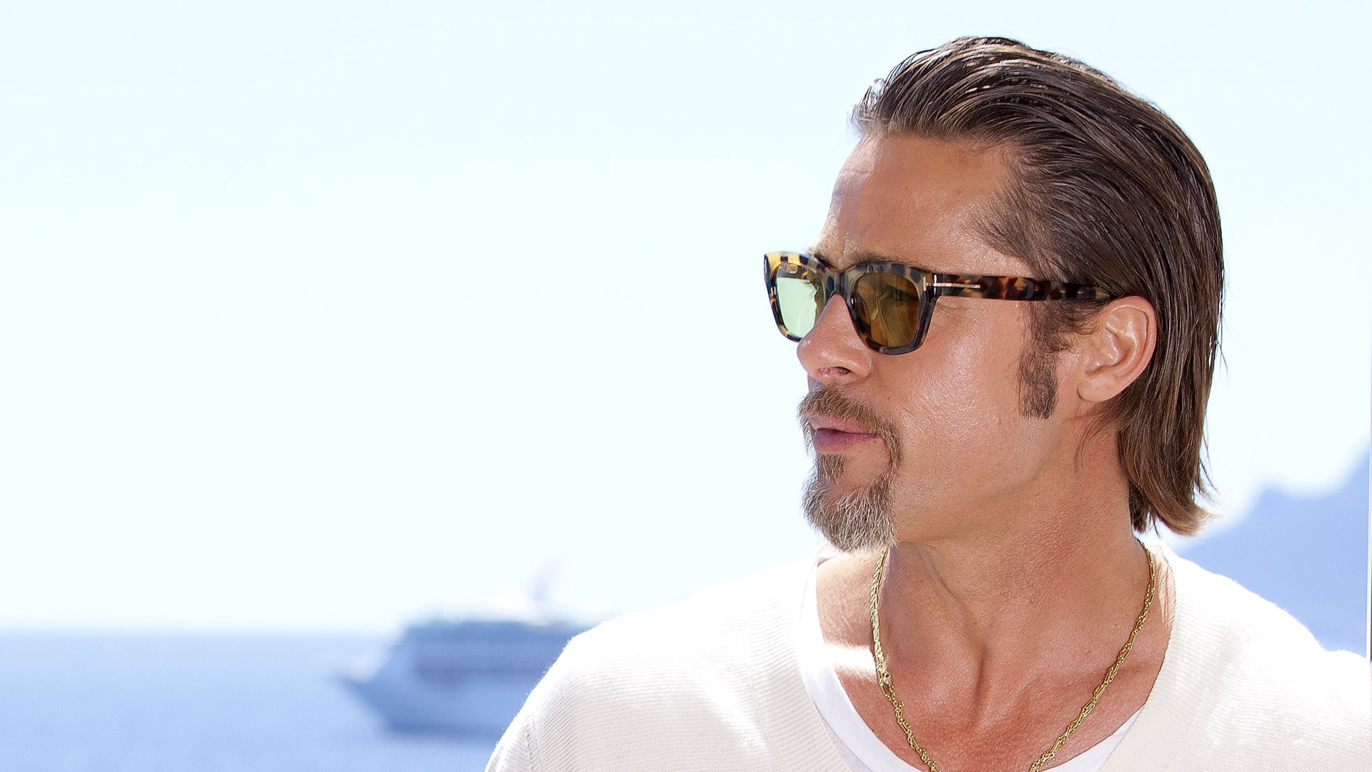 Brad Pitt Wallpapers Images Photos Pictures Backgrounds
