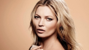 Kate Moss Desktop Wallpaper