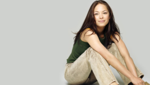 Kristin Kreuk Sexy Wallpapers
