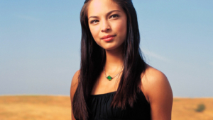 Kristin Kreuk Sexy Photos