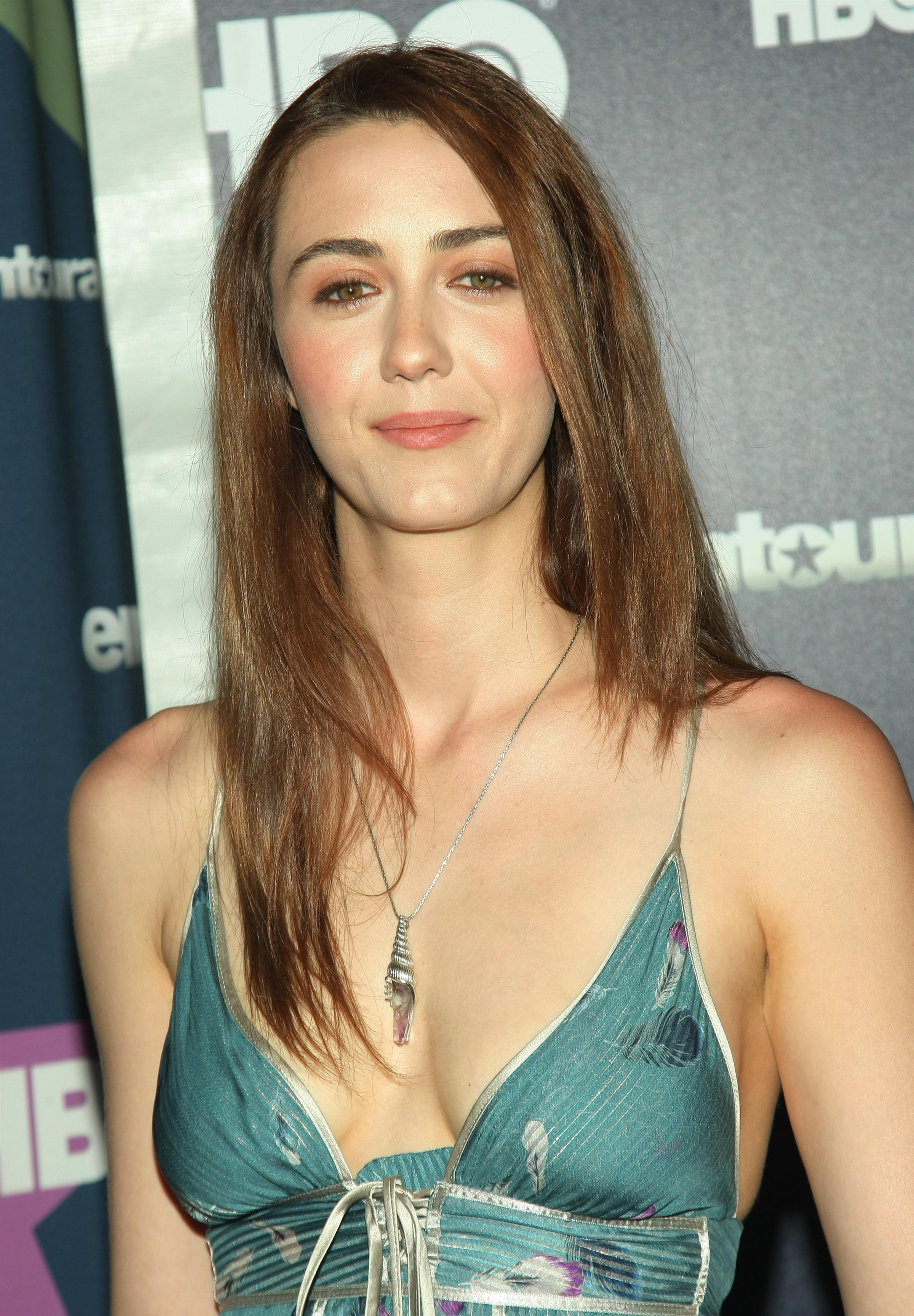 Madeline Zima Iphone Image