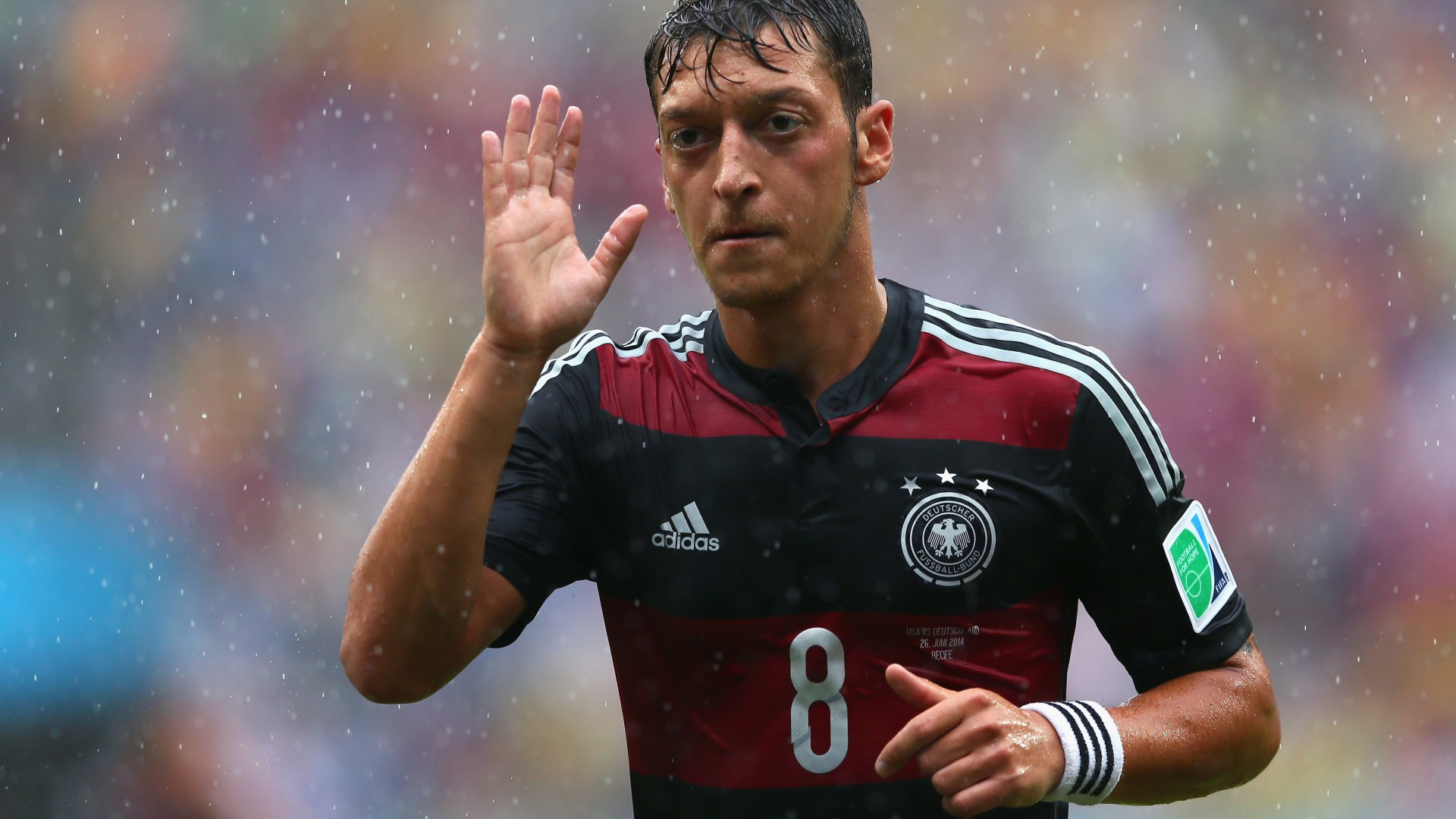 Mesut Ozil Wallpapers Images Photos Pictures Backgrounds