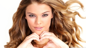 Nina Agdal Wallpapers