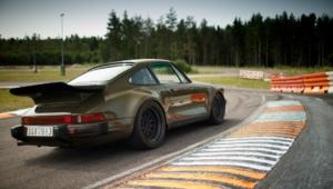 Porsche 930 Photos
