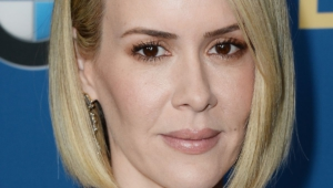 Sarah Paulson HD Iphone