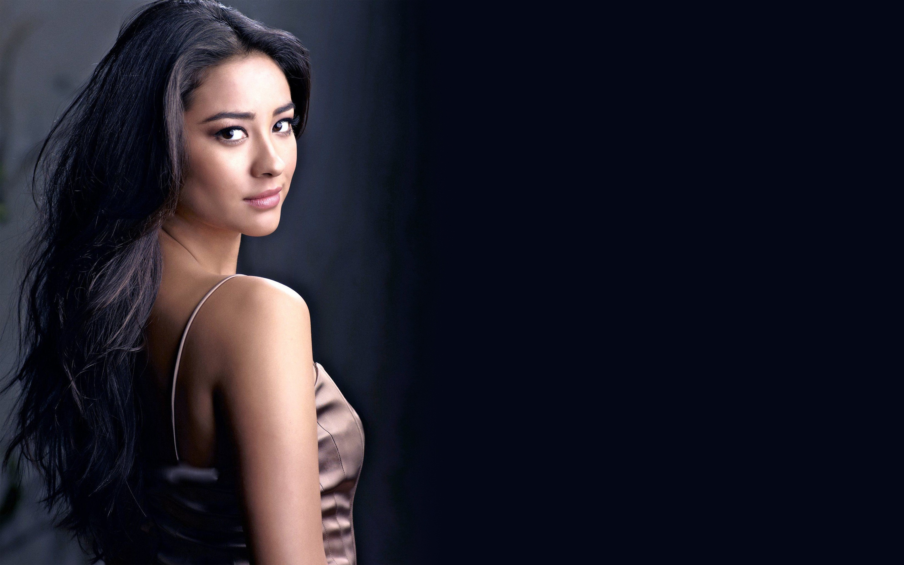 shay mitchell wallpapers images photos pictures backgrounds