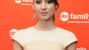 Troian Avery Bellisario Iphone Wallpapers