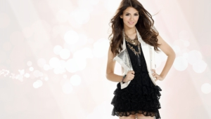 Victoria Justice HD Background