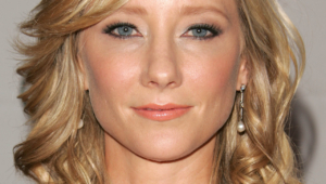 Anne Heche Free Download Wallpaper For Mobile