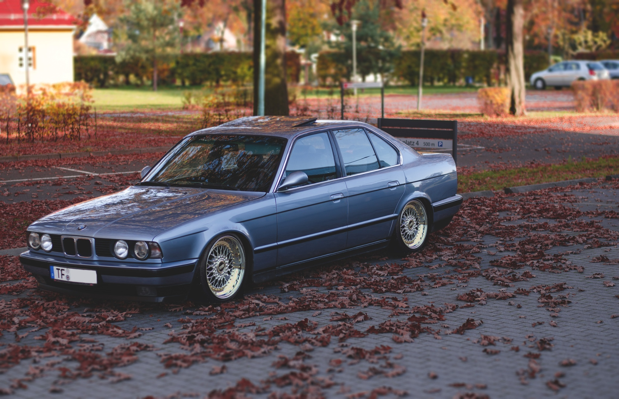 bmw e34 wallpapers images photos pictures backgrounds. Black Bedroom Furniture Sets. Home Design Ideas