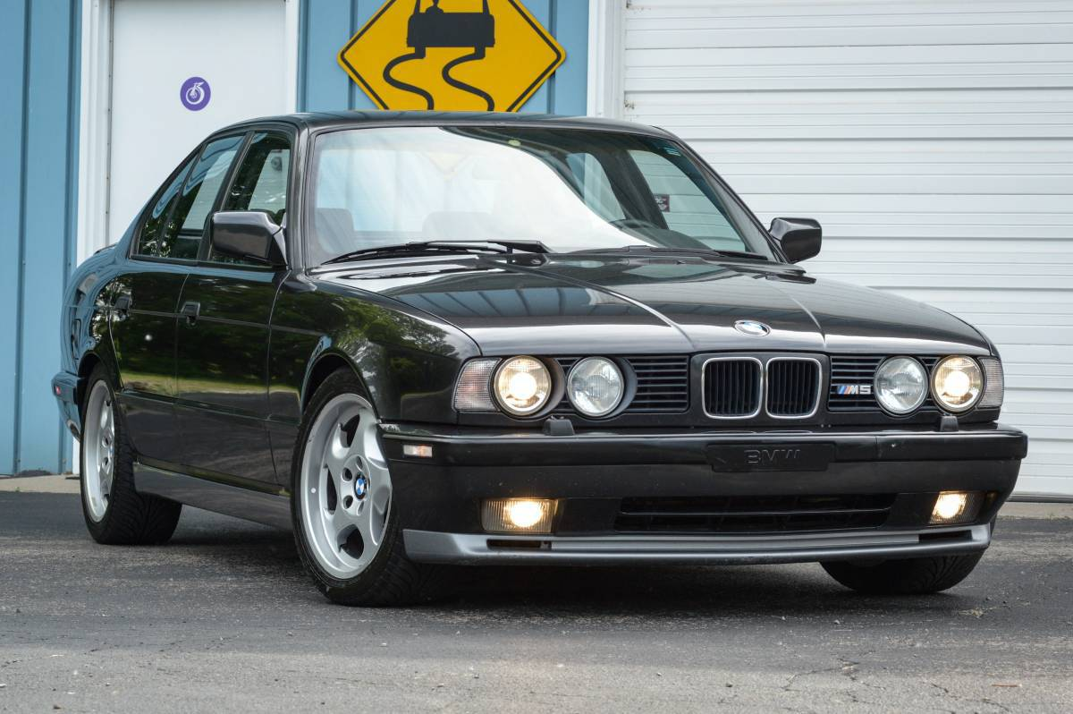 Bmw E34 Wallpapers Images Photos Pictures Backgrounds