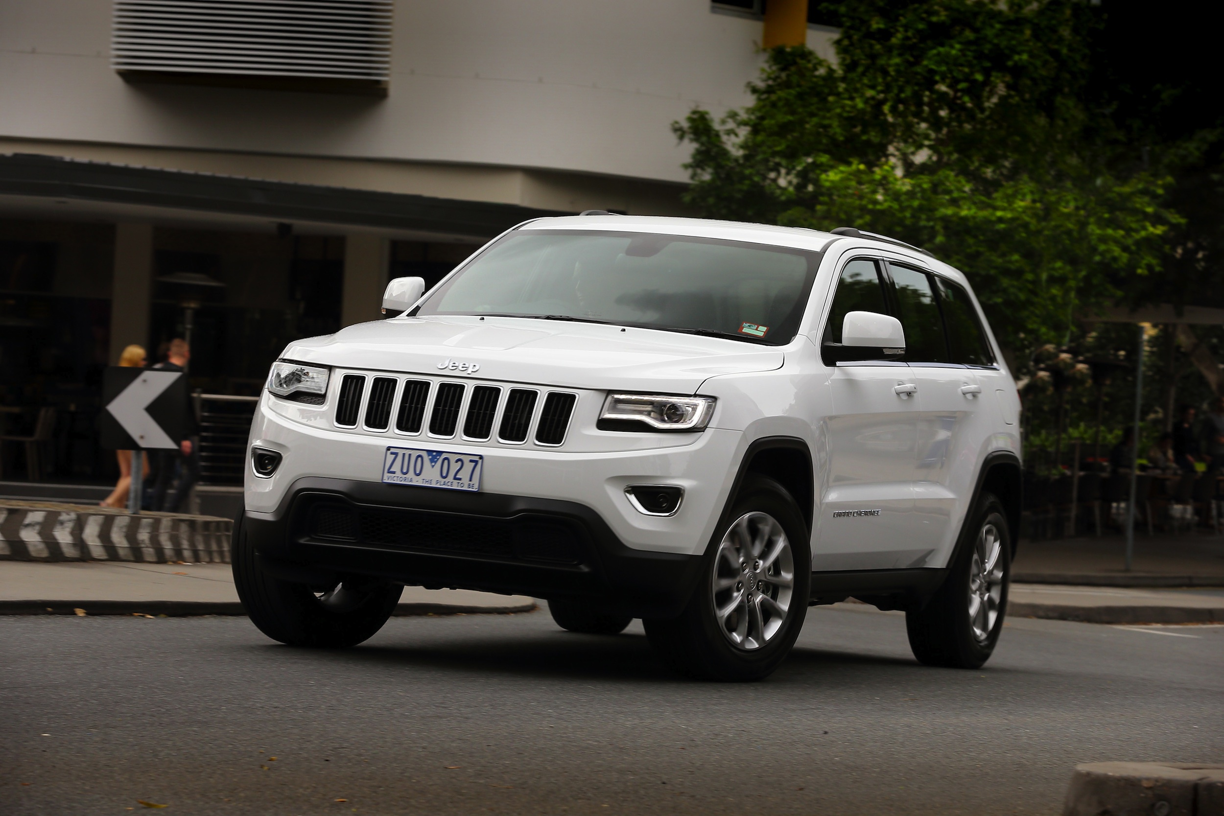 Jeep Grand Cherokee Wallpapers Images Photos Pictures