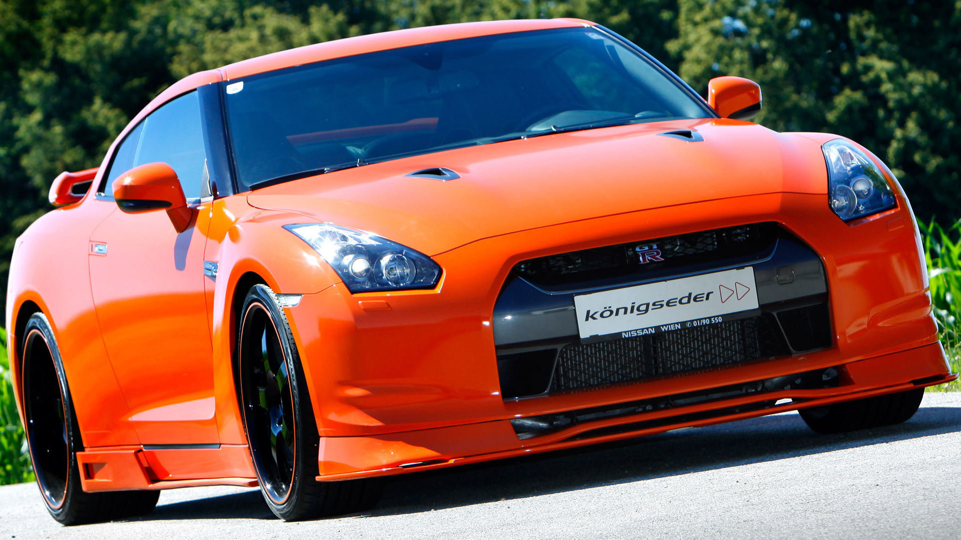 Nissan GT-R Wallpapers Images Photos Pictures Backgrounds