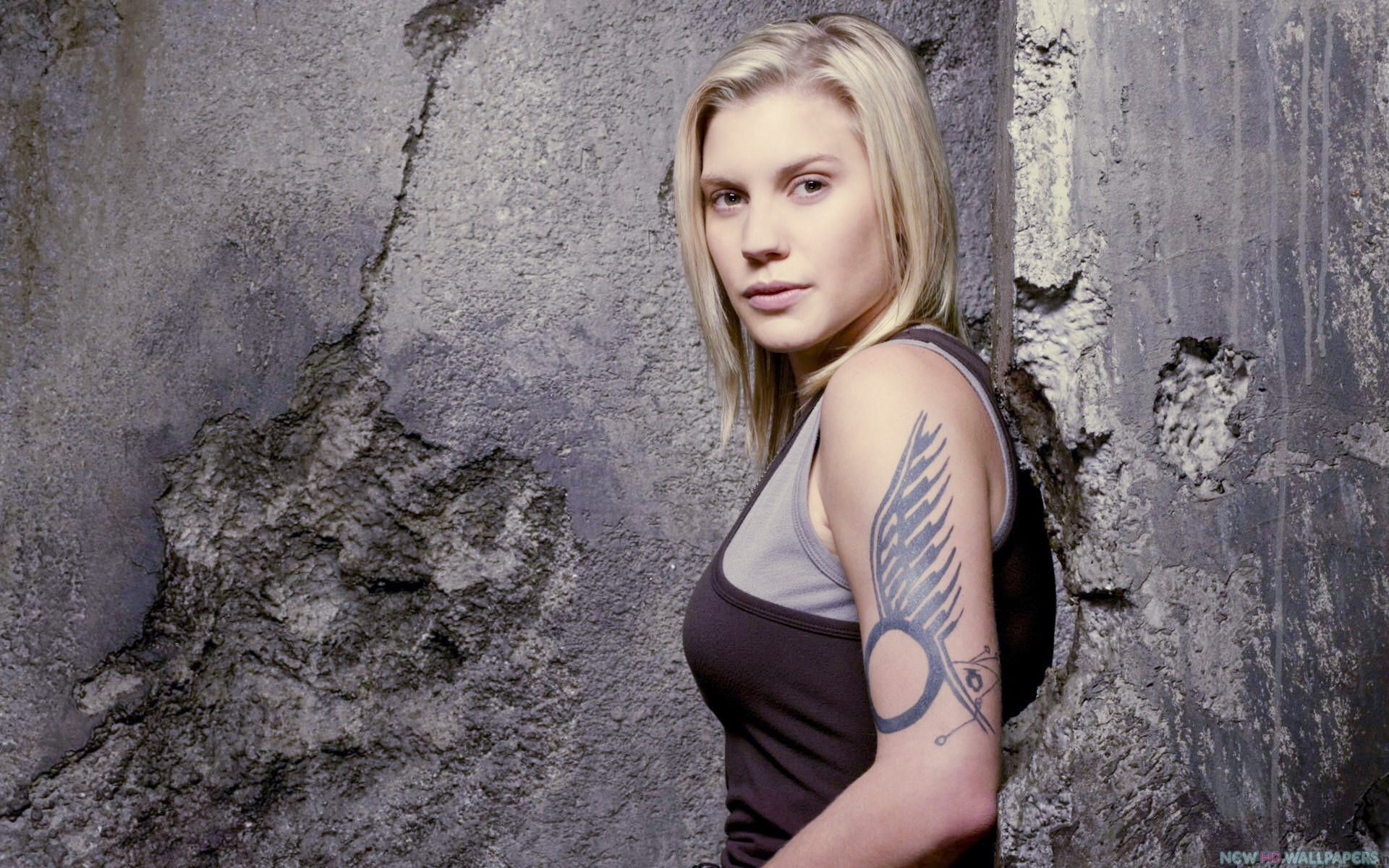 Katee Sackhoff Wallpapers Images Photos Pictures Backgrounds