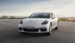 Porsche Panamera 4 E Hybrid Wallpapers