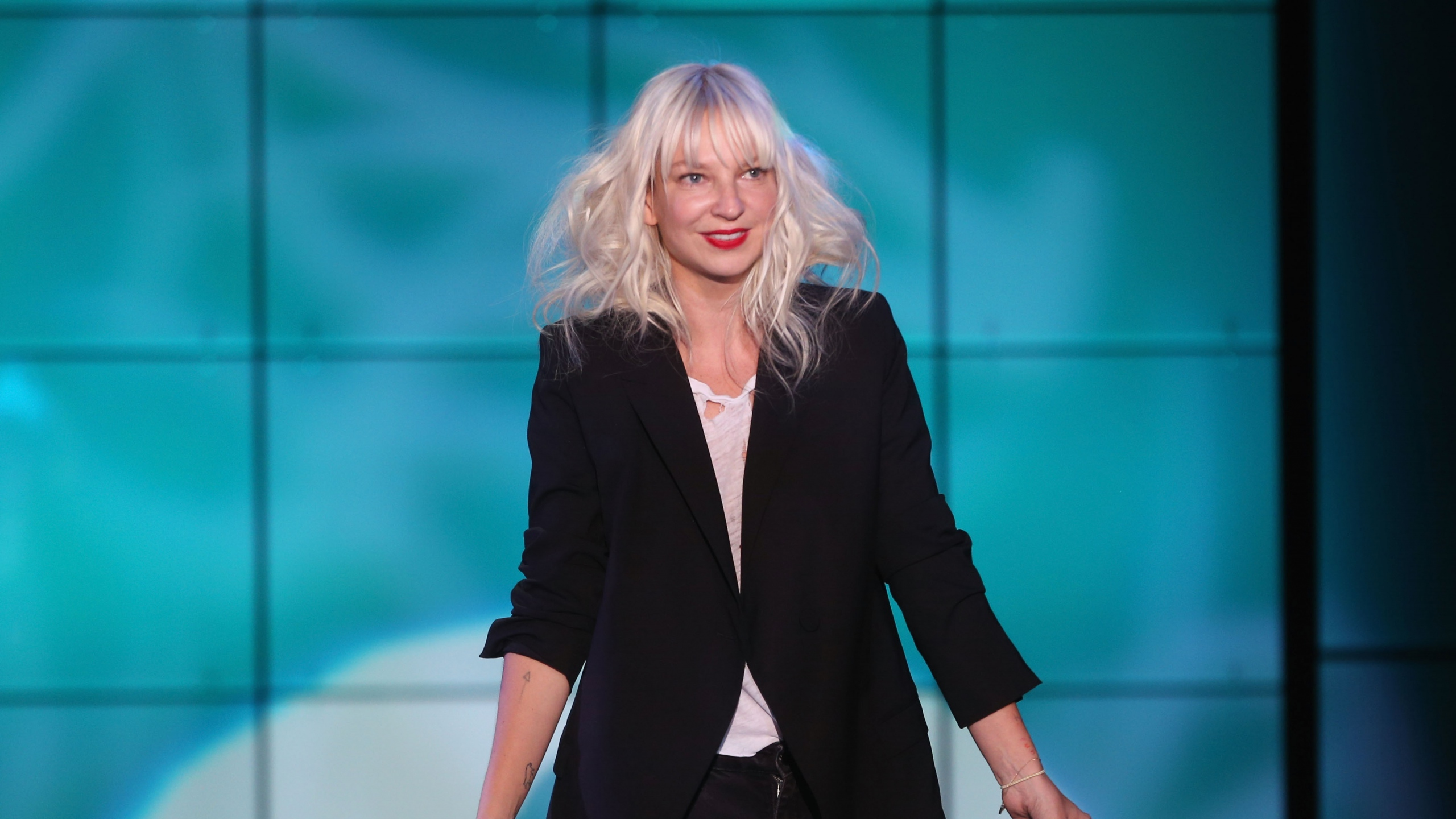 Sia Wallpapers Images Photos Pictures Backgrounds