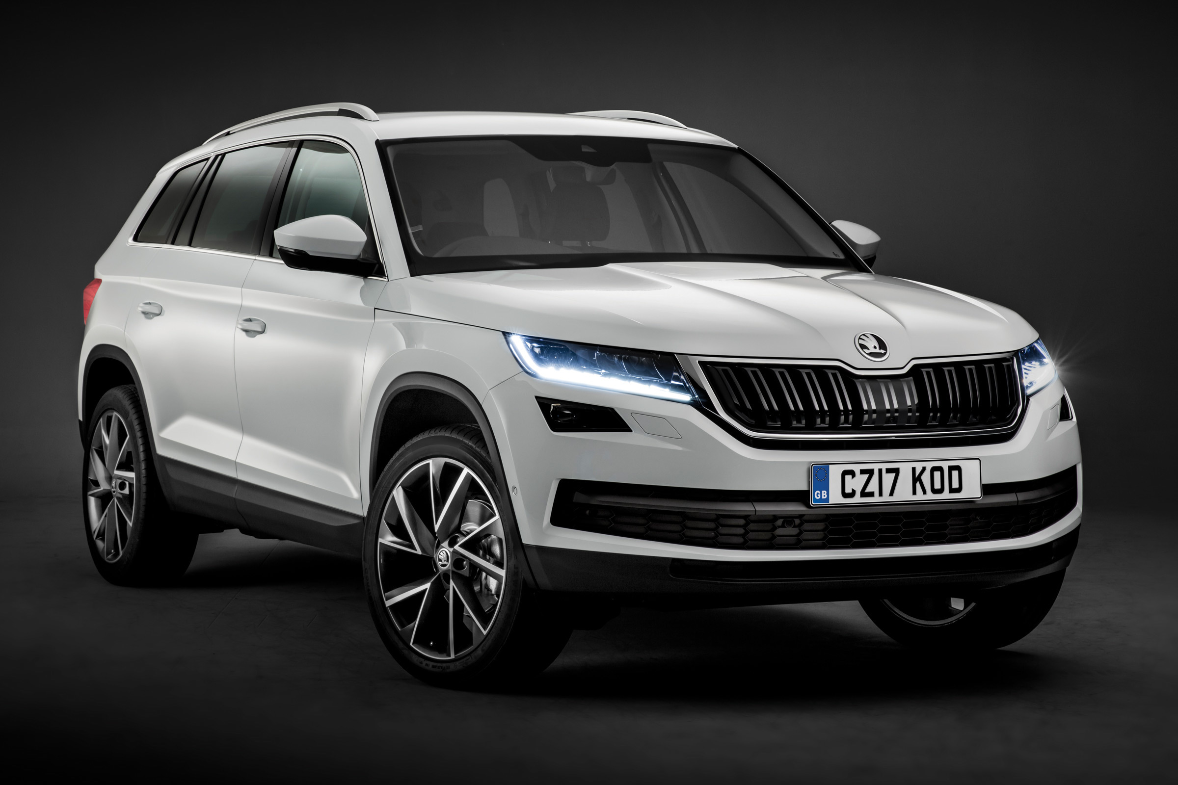 skoda kodiaq 2016 hd wallpaper. Black Bedroom Furniture Sets. Home Design Ideas