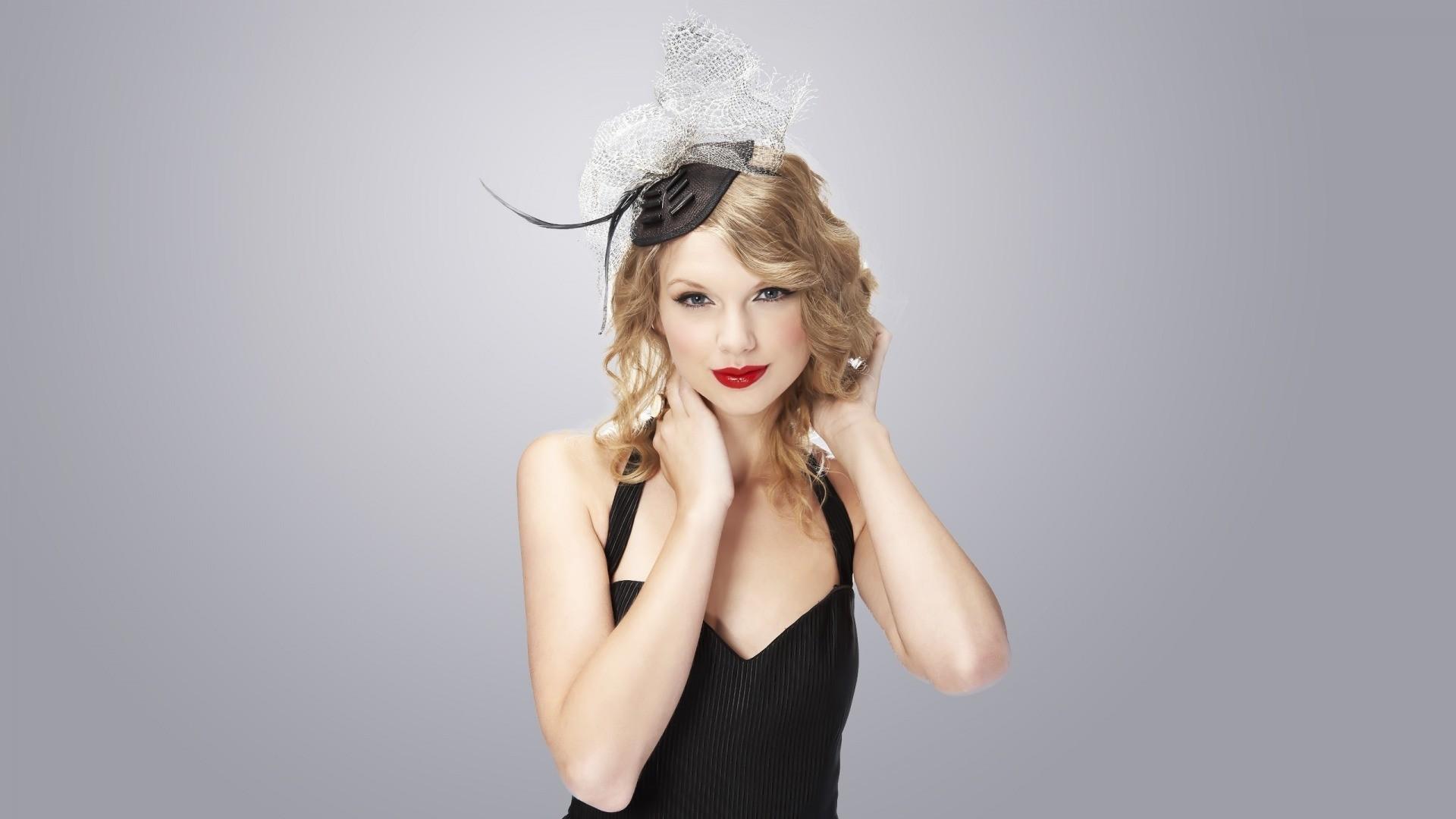 download blondes women taylor - photo #9