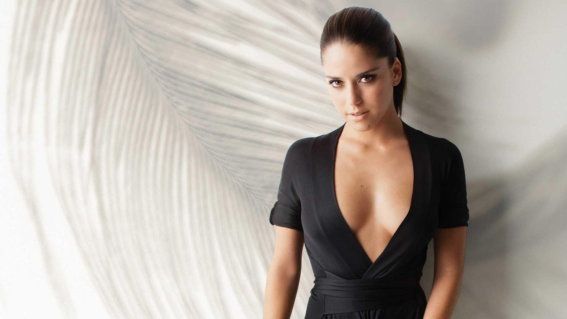 Ana Claudia Talancon Nude Photos 81