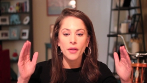 Ana Kasparian Background